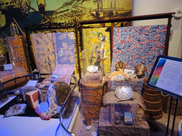 ruang pameran beberapa produk Indonesia