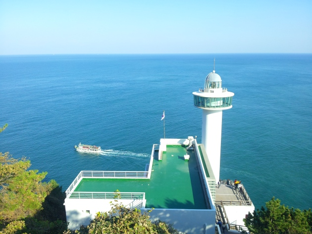 Yeongdo Lighthouse dari arah atas