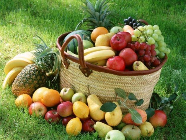 Buah-buahan :9 (sumber: <a href=